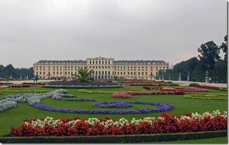 Austria-Schonbrunn-Palace-Gardens-075