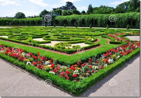 privy-garden-schonbrunn-palace-vienna-austria-20817670