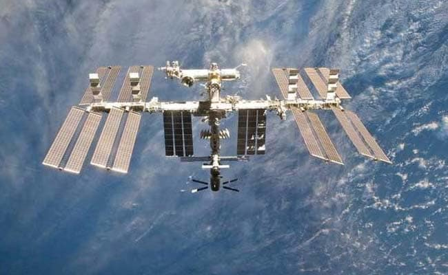 iss-11_650x400_81497440001[1]